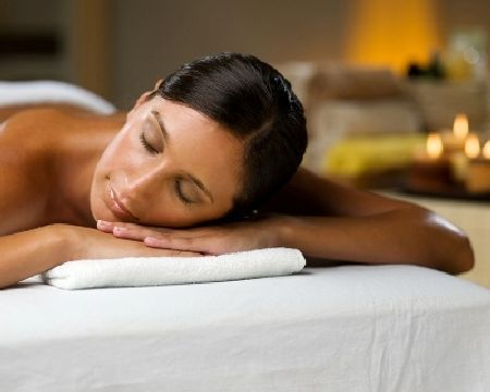 HIS And Hers Overnight Spa Break For Two - Oxford Escape to the countryside with your partner during this couples overnight break at the Oxfordshire Hotel. Complete with a three-course dinner, a night in one of the beautifully designed rooms, breakfa http://www.MightGet.com/january-2017-11/his-and-hers-overnight-spa-break-for-two--oxford.asp