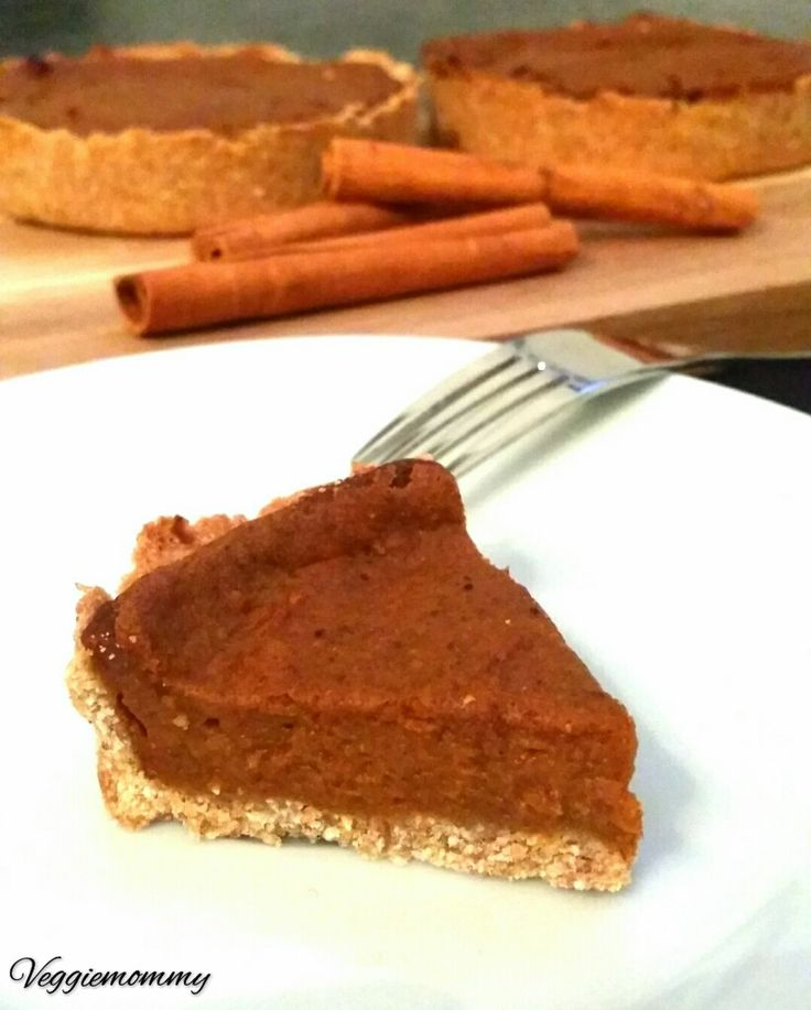 Yesterday was Halloween and what better time to make a pumpkin pie!…