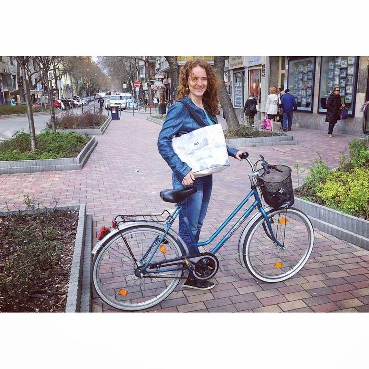Biking season has arrived so just grab your Cimbi like @caterinac15 did & go for a ride! In April find your perfect Cimbi in the pop up store in Budapest - Tompa ut a 1 #popupshop #popupstore #budapest #getyourcimbi #cimbi_official #findyourcimbi #springishere #bikethecity #bikingseason #bikeandride #bags #bagsandmore #perfectmatch #welovebudapest #upcycled #design