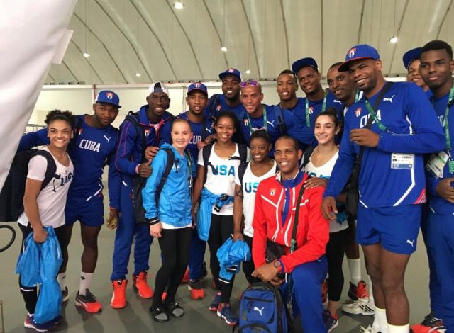 Gymnasts v. Volleyball ❤️ #Riobound