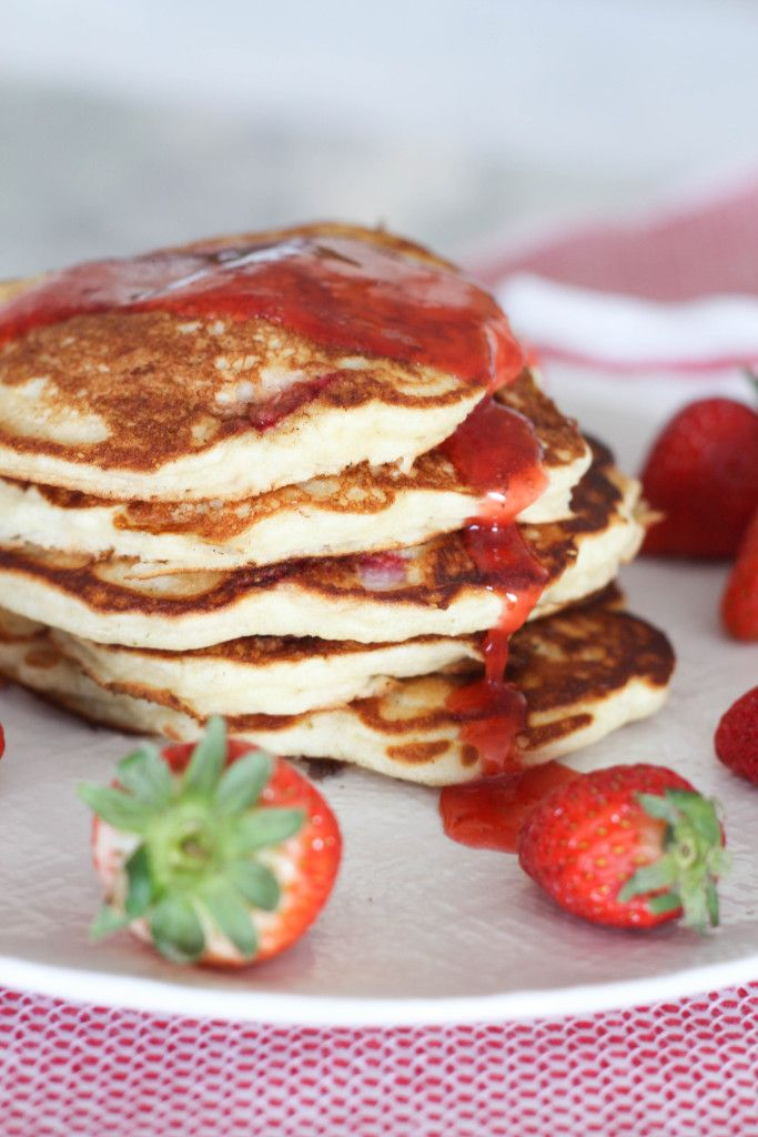 Strawberry Buttermilk Pancakes With Nutella Syrup Recipe — Dishmaps