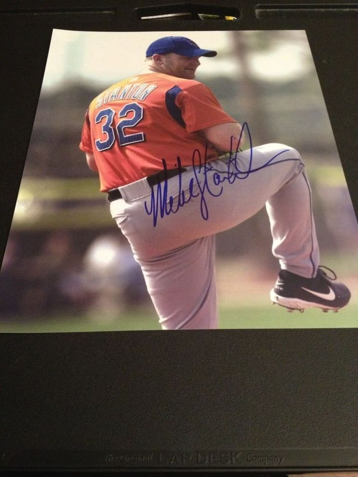 Mike Stanton New York Mets Autographed Photo Braves Yankees