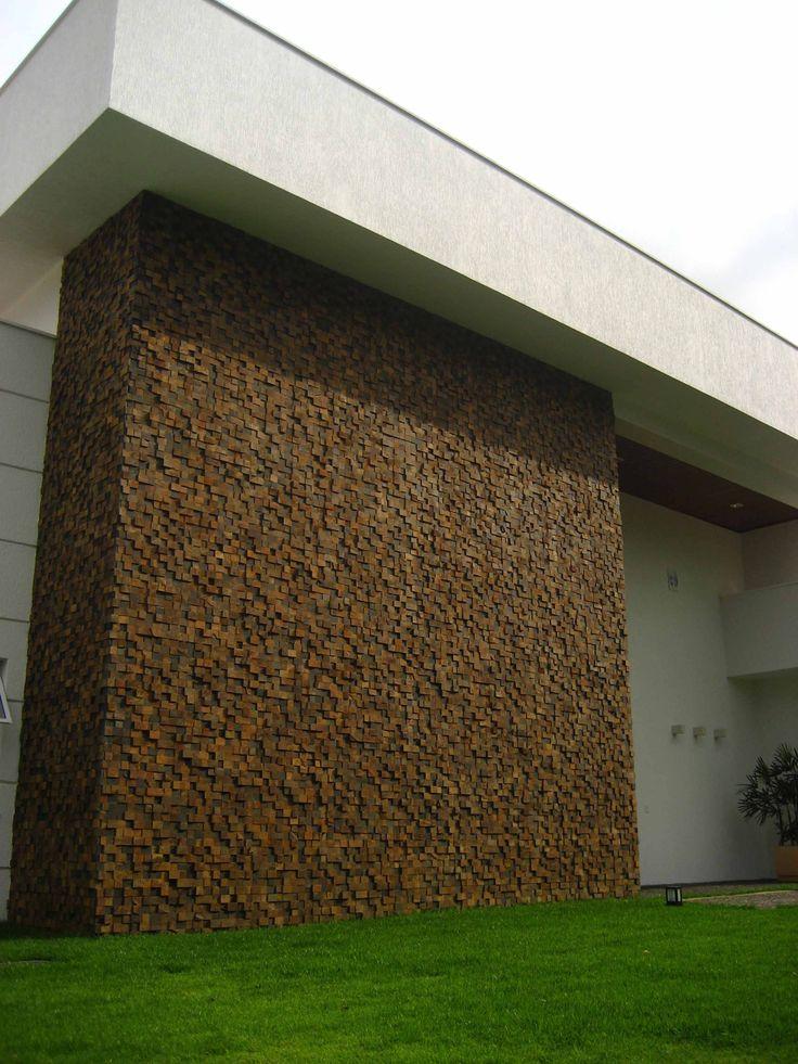 Os mosaicos Pietre Colorate podem ser utilizados em fachadas sem preocupações