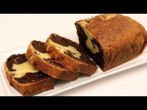Το πιο αφράτο υγρό κέικ (Video) | Συνταγές - Sintayes.gr