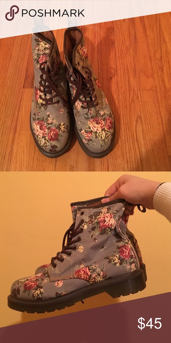 Doc Martens Airwair - Castel Floral Combat Boots An incredibly comfortable go-to floral combat boot from Doc Martens Airwair. It fits sizes 6-7 with ease. I am a 6.5 US women's and it fits me perfectly. Only worn once, in brand new condition. Dr. Martens Shoes Combat & Moto Boots