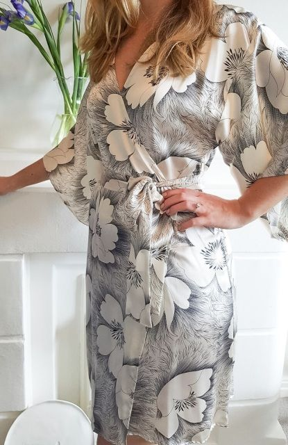 Arabella Silk Kimono Robe | Knee Length