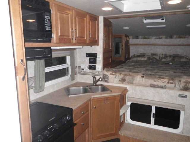 2010 Used Northwood Mfg Arctic Fox 990 Truck Camper in Washington WA.Recreational Vehicle, rv, Camper only for $21000 or both for $49000. BIG PRICE REDUCTION 2010 Northwood Mfg Arctic Fox 990, 2010 Arctic Fox 990 with 2010 HD3500 Silverado 4x4. Priced at KBB and NADA average. Both only used as RVs for 24,000 miles. Camper: non-smoker, with extras including generator, oven, sky lights, rearview camera with monitor in truck, and more. Truck extras: Rhino lining and bed pad, air spring load…