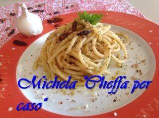 Spaghetti+aglio+e+olio+con+pangrattato+integrale+all'acciuga!