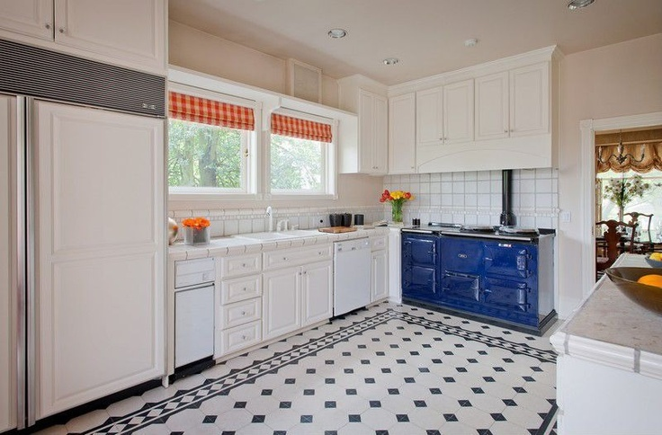 I adore this cobalt blue oven. #kitchen #pattern #decor # ...