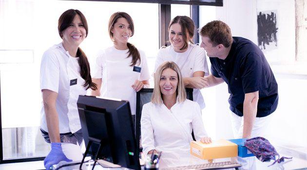 Zahnklinik, Zagreb, Kroatien - ein Team ausgezeichneter Ärzte, Spezialisten, Implantologen und Professoren, geleitet von Dr. Tatjana Knego, einer bekannten Ärztin für ästhetische Zahnheilkunde. http://www.zahnklinik-kroatien.at/