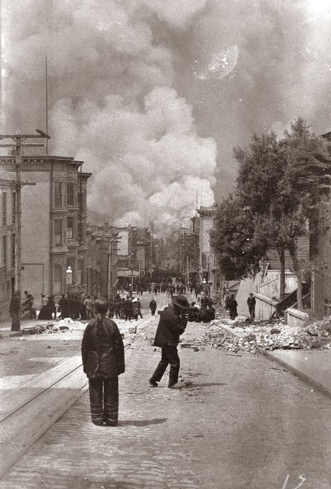 1906. San Francisco earthquake and fire. Over 225,000 of the city's 400,000 residents were homeless. Fires destroyed about 28,000 buildings and 500 blocks – ¼ of San Francisco.