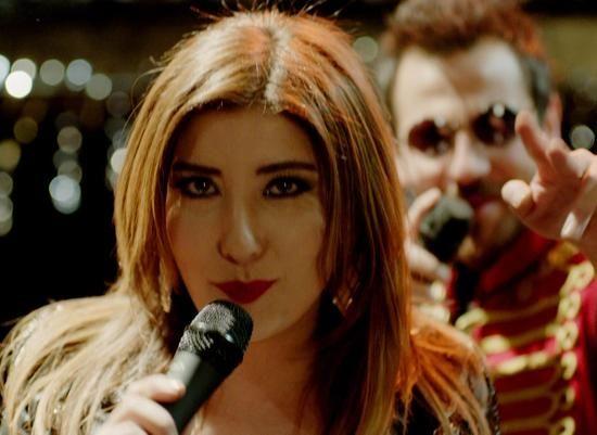 Ulan İstanbul 34.bölüm fragmanı yayınlandı! Haberin devamında yeni bölümü ile Kanal D ekranlarında devam edecek ve 16 Şubat 2015 Pazartesi günü yayınlanacak olan dizi Ulan İstanbul 34.bölüm fragmanını izleyebilirsiniz.