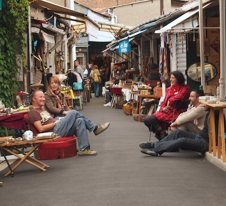 The Paris flea markets at Clignancourt are the largest Paris market and one ...girlsguidetoparis.com