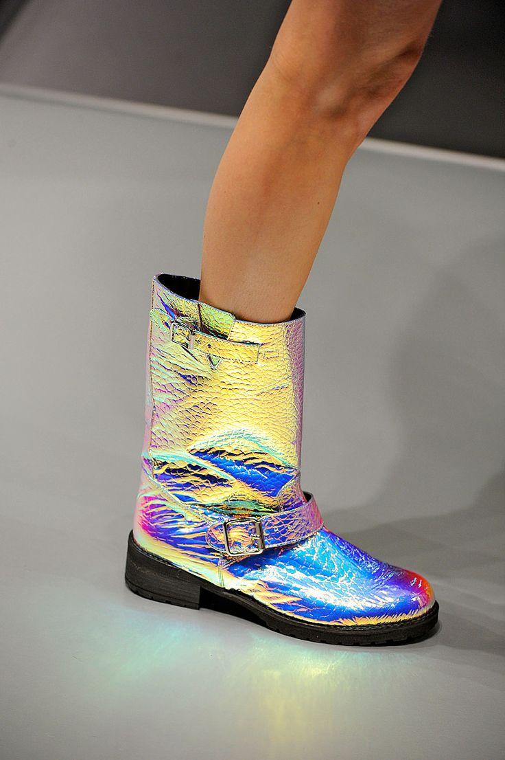 Marimoon iridescent boots