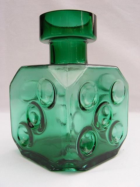 Riihimaki 'Noppa' green glass vase