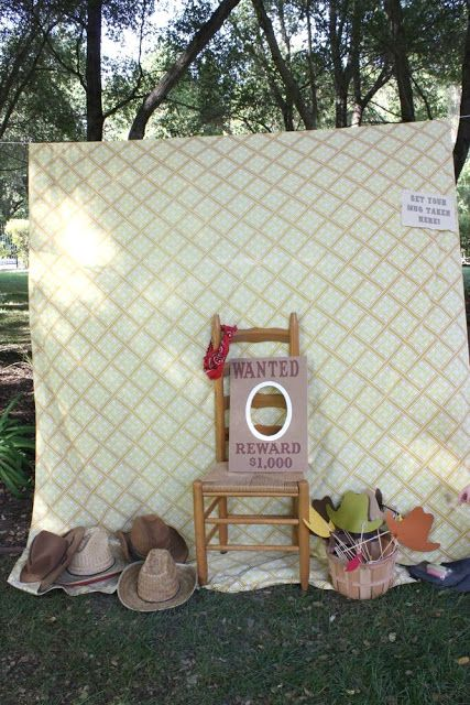 Cute simple photo booth for cowgirl party