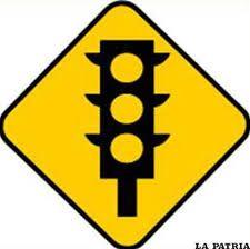 Image result for señales de transito preventivas