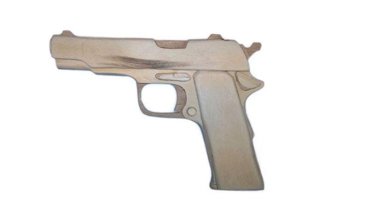 Деревянный макет пистолета Стечкина