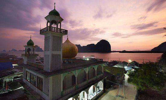 Khao Lak Tourism: TripAdvisor has 41,131 reviews of Khao Lak Hotels, Attractions, and Restaurants making it your best Khao Lak resource.    #KhaoLak #KhaoLakExplorer  www.khaolakexplorer.com