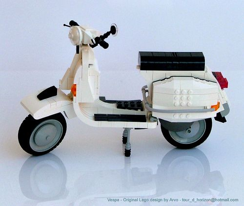 LEGO Vespa