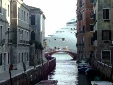 #Venice Canal & #Cruise #Ships Video