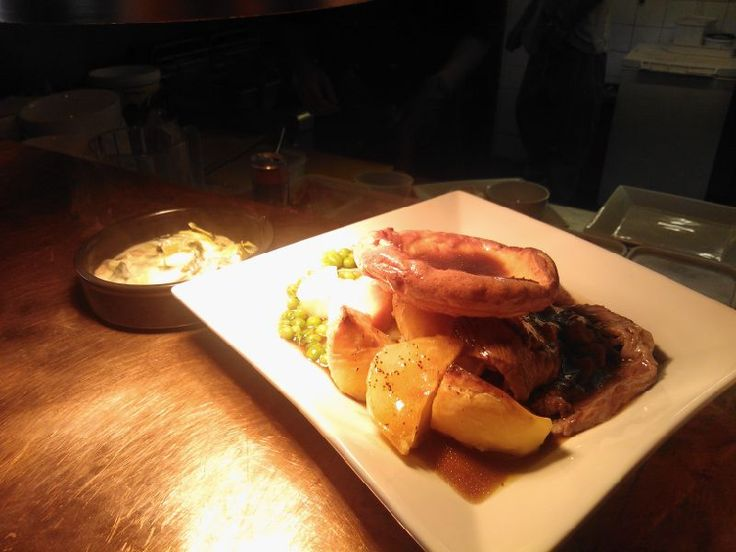 Roast dinners flying out at the Stag, Flackwell Heath