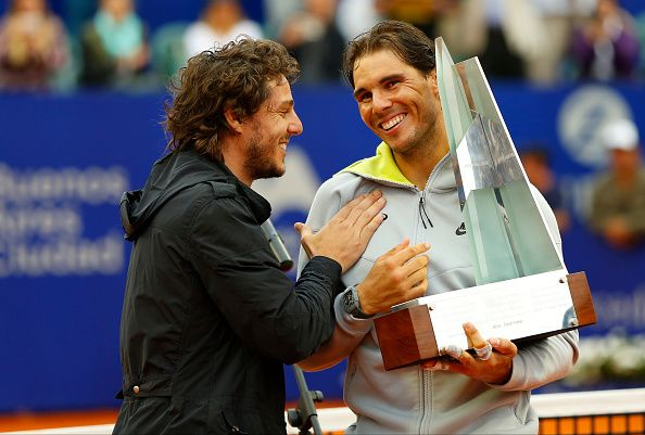 Rafael Nadal defeated Juan Monaco 6-4, 6-1 at the Argentina Open.