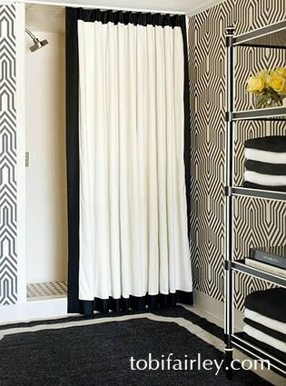 Black and white geometric bathroom  Design: Tobi Fairley