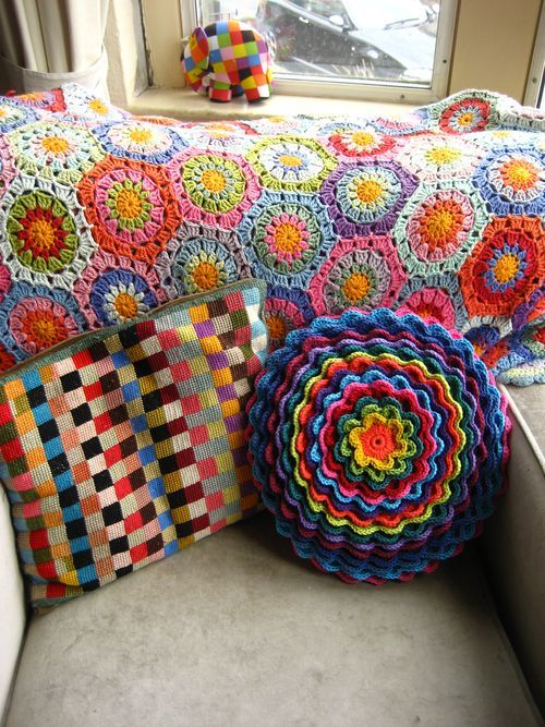 want pillow!: Crochet Blankets, Attic24, Crochet Flower, Flower Pillows, Bright Color, Crochet Pillows, Crochet Cushions, Flower Crochet, Attic 24