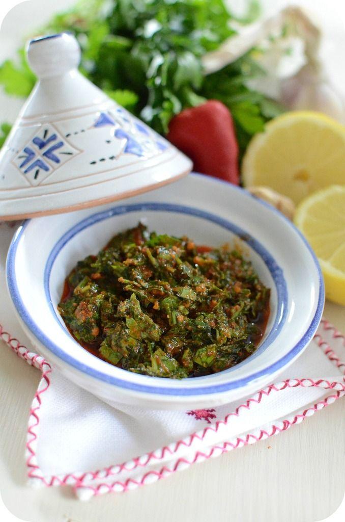 La célèbre chermoula marocaine est un mélange de coriandre, cumin persil, ail, paprika, citron et huile d'olive. Certain ajoute à la chermoula du curcuma et du piment si on souhaite une marinade relevé et encore plus coloré. Cette marinade sert beaucoup...