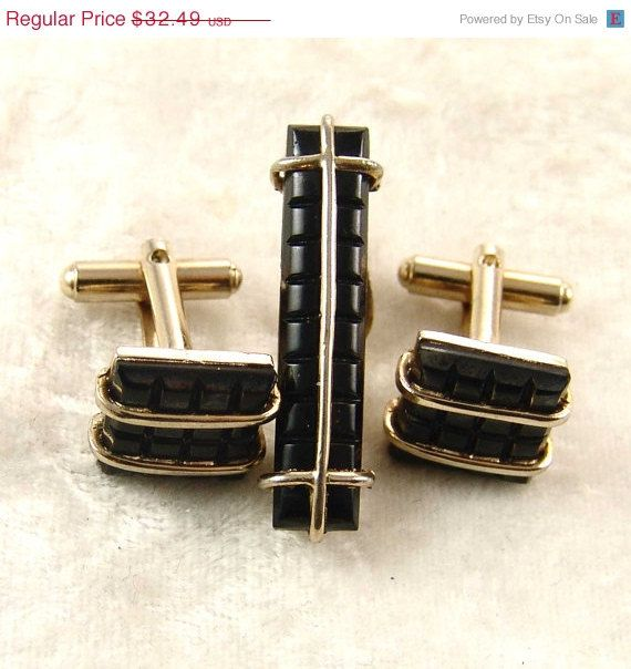 Shop online for Men's Tie Clips & Bars at ticketfinder.ga Find precious metal & fashionable clips. Free Shipping. Free Returns. All the time.