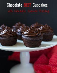 Vegan Chocolate Beet Cupcakes with Chocolate Avocado Frosting (gluten ...