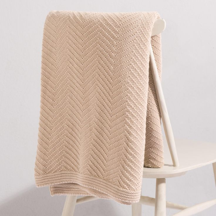 This Gorgeous Falesia Cotton Blanket