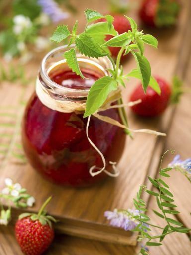 Recette Confiture de fraises à la menthe, notre recette Confiture de fraises à la menthe - aufeminin.com