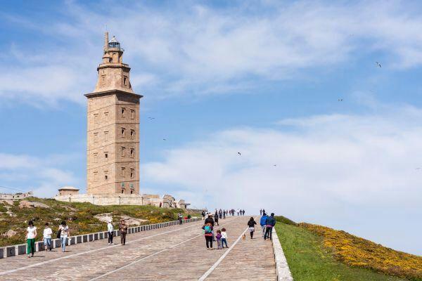 La Torre de Hércules, símbolo de la Galicia más romana   Historia Del Arte Amino