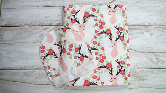 Baby swaddle set. Deers with flowers swaddle. Etsy. WhiteDandelionShop1.