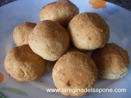La Regina del Sapone: falafel e crocchette con okara di ceci