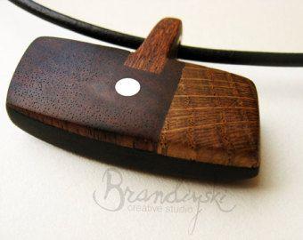 HOUTEN sieraden - originele handgemaakte houten ketting - zwarte ebbenhouten, steeg hout, eiken, mahonie & aluminium elementen, 3mm lederen koord