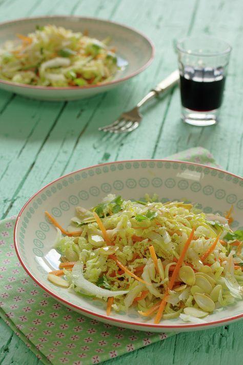 Cinco Quartos de Laranja: Salada crocante de couve chinesa com amêndoas