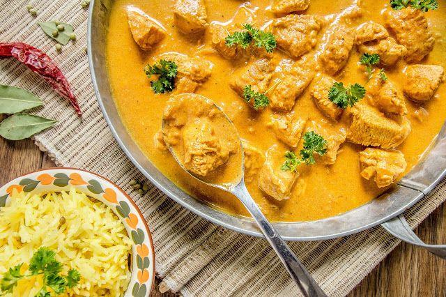 Make it healthier: Chicken korma i ryż basmati z kurkumą i kolendrą