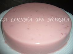 LA COCINA DE NORMA: GELATINA DE YOGURT SABOR FRESA