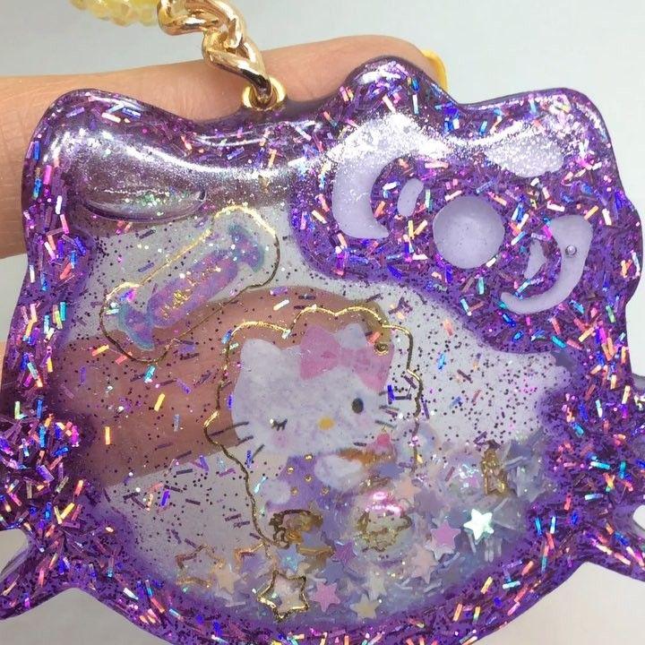 20 X Cute Transparent Acrylic Hello Kitty Pendants Kids Jewellery Making