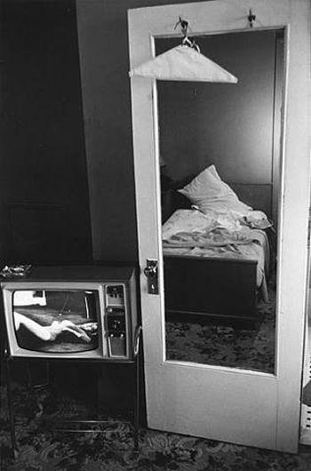 Lee Friedlander (b.1934-) - Nashville, 1963. S)