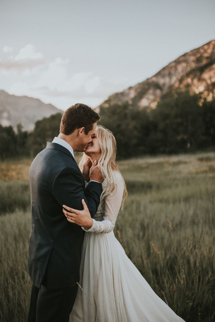 This couple's mountain wedding first look is the cutest | Image by Autumn Nicole Photography