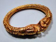 vintage 22 k solid gold engraved design bangle bracelet cuff