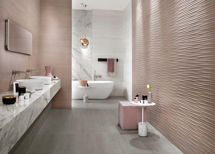 Дизайн большой и просторной ванной комнаты в нежных пудровых тонах в современном стиле. #дизайн_ванной_комнаты #розовая_ванная_комната #современная_ванная_комната #отдельно_стоящая_ванна #круглая_раковина #аксессуары_для_ванной #раковина_на_столешницу
