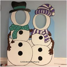 Snowman cutout for two! This is hand painted on 40x30 foam board. Great photo op for holiday parties! #LittleGoobersParty #christmas #snowman #custommade #photo #photoop