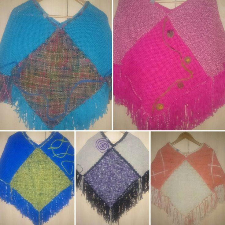 Ponchos tejidos en telar y crochet,  con aplicaciones de vellón!!!