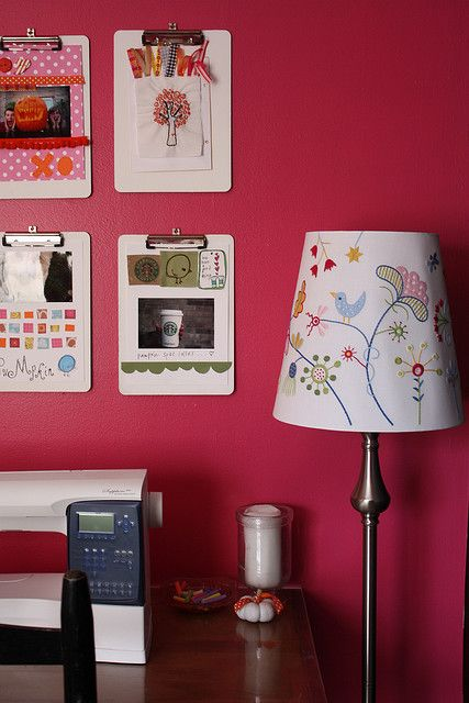 Obsessed with dorm decorating ideas..this is a really good (and inexpensive!) one :)