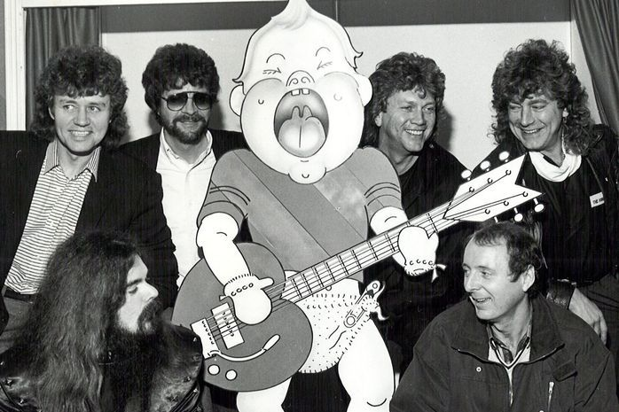 The launch of Heartbeat 86 with pop celebrities Bev Bevan, Roy Wood, Jeff Lynne (ELO) John Lodge (Moody Blues), Jasper Carrott and Robert Plant.